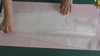 Подготавливать лекала к раскладке на ткани